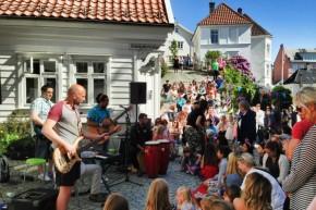 Gatefest i Steinkjelleren