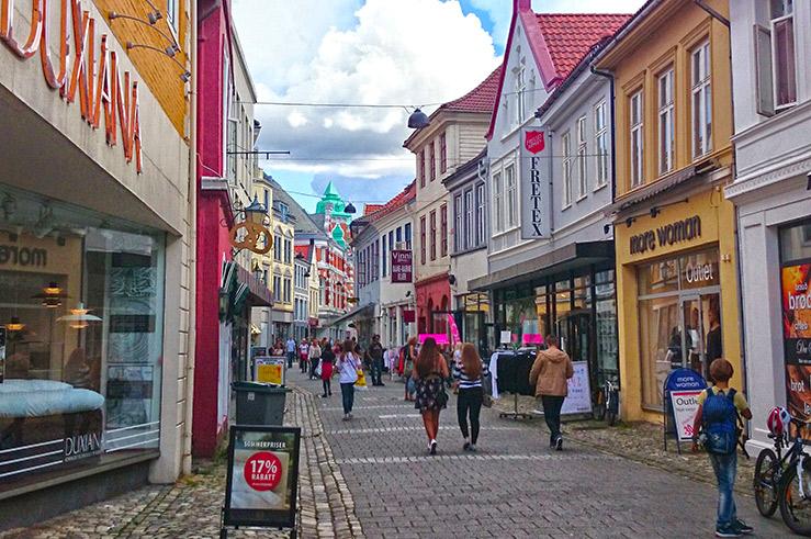Foreslår tiltak for sterkere sentrumshandel